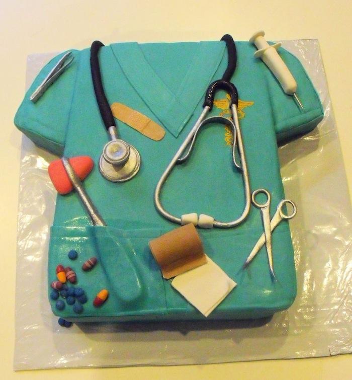 graduation-hairstylist-doctor-lawyer-engineer-cakes-cupcakes-mumbai-2